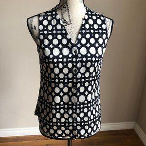 BR Sleeveless patterned V-neck button blouse